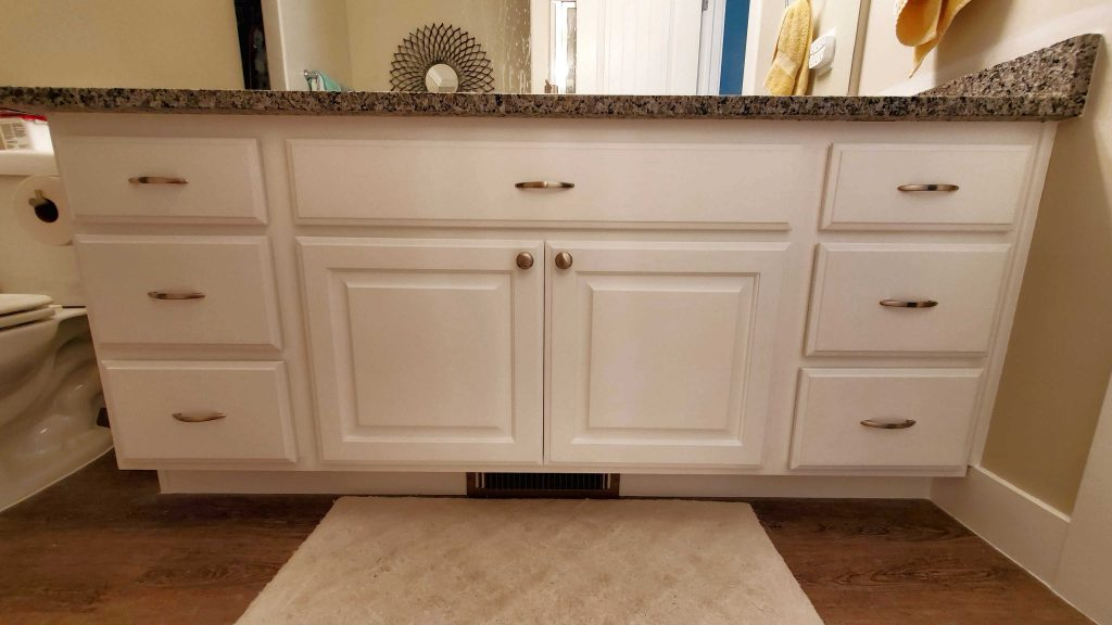 How to Use the Rustoleum Cabinet Transformations Kit